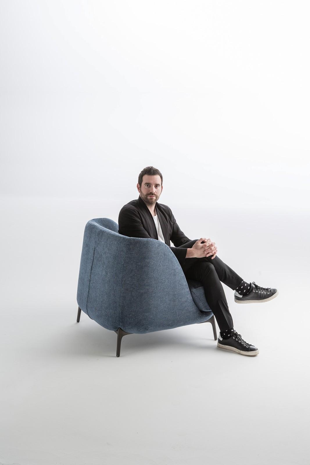 VARIANTI  Novamobili designer Matteo Zorzenoni poltrona Velvet